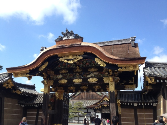 Nijo Castle - the details of this entrance gate is super elaborate. The golden flower emblems (they're Chrysanthemums) you see are actually the Imperial Seal of Japan dating back to  Emperor Go-Daigo.