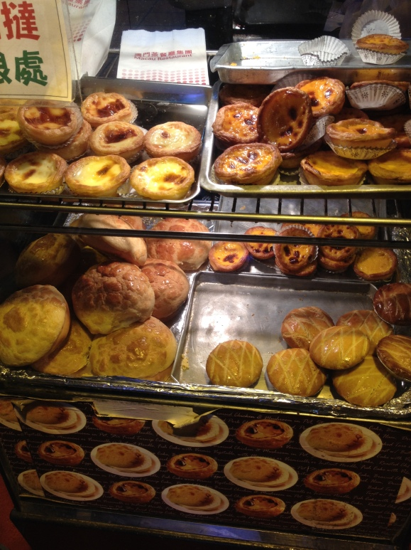Portuguese egg tarts and pineapple buns *o*